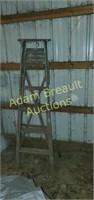 Vintage 6 ft wooden step ladder