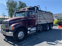 Heavy Truck Online Auction - Dump Trucks and Flatbeds 10/29