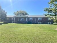 1632 Center Hill Rd. Woodbury, TN