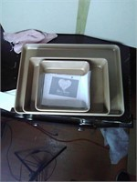 New 3pc baking pans by Kimberly Schlapman love