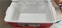 Igloo 48 Qt Cooler. Very clean
