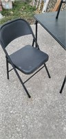 FOLDING CARD TABLE AND CHAIRS  3 MATCHING Chairs