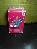 Box of 300 multi colored Xmas lights
