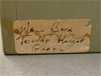 Town House Green Pine Wall Box
