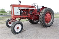 1965 International 504, 4-cyl diesel, pto, 3-pt, wide front, runs, SN: 13220 - This item will be sold at LIVE auction with ABSENTEE BIDDING available. More info, pics and video can be found in the catalog (see lot 5003).