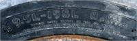 Implement Tires 9.5L-15SL (view 2)