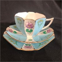 Online Royal Albert, Doulton and Shelley Auction