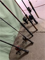 6 fishing poles