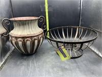 Metal basket & metal vase