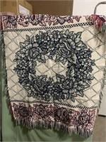 Flower wreath blanket
