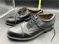 Men's dockers size 7 shoe