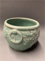 Green McCoy Coy Pottery Vase Ð Holly and Berry Ð 4