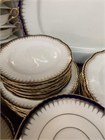 Fine Coalport Dinnerware Pieces