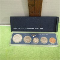 239/New Year's Day/Rare Collectibles/Online Auction