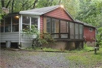 Northampton Co. Hideaway - Home on 3.7 wooded acres