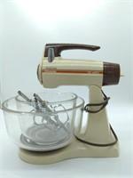 Vintage Sunbeam Mixmaster Stand Mixer (works)