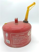Chilton 2.5 gal. Gas Can