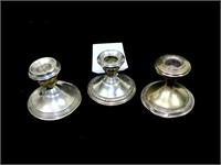 Lot: 3 Sterling weighted candlesticks