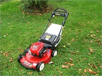 """Toro Recycler 22"""" Self Propelled mower with"""