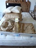 Lux Queen Bedding
