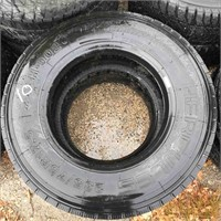 Used Set Of 2 Tires 235/75R17.5