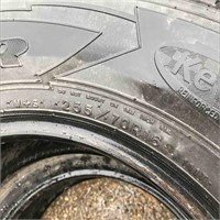 Used Set Of 2 Tires 255/70R16