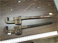 PAIR OF PIPE WRENCHES