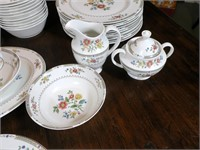 """Royal Doulton """"Kingswood"""" 5pc. Service for 12"""