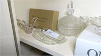 Lot: Assorted Glass, includes: Oneida Crystal,
