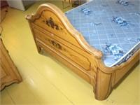3 Pc. Victorian Cottage Bedroom Set,