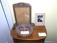 Lot: Photo, Frame, and Chinese Sewing Basket
