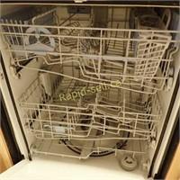 Maytag Quiet Series 300 Dishwasher