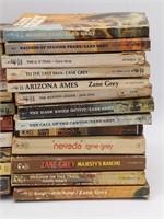 (25) Zane Grey Paperback Novels