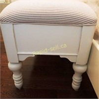 Stanley Furniture Bedroom Bench
