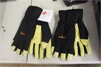 2 Pairs Of 3m Gloves