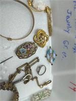 20 Pcs. Victorian-Style Jewelry