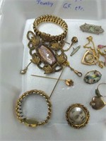 20 Pcs. Victorian-Style Jewelry