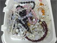 16 Pcs. Glass & Crystal Vintage Jewelry