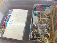 Misc. Lot/Tub of Costume Jewelry