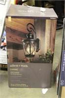 Allen & Roth Light