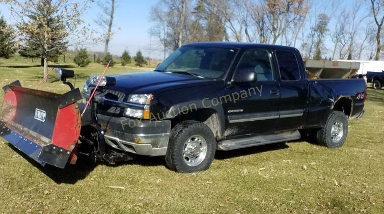 2004 Chevy 2500 4x4 truck & plow, sander separate