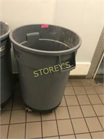 Trash Bin w/ Dolly