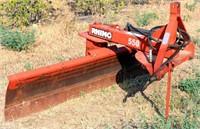 Rhino 550 3-pt Blade. 7' Hyd Tilt