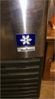 Manitowoc ice maker,
