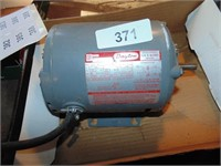 Online Auction -Woodworking Tools- [Washington, IN]