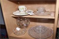 Art glass Ruffled vase & 8 Pc Glassware