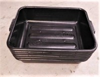 Bus Tubs with Lids