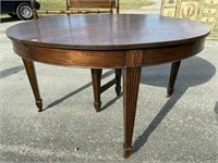 MAHOGANY ADAM'S STYLE ROUND TABLE 4 LEAVES
