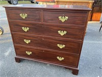 18th CENTURY SOLID MAHOGANY CHIPPENDALE CHEST