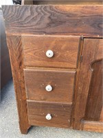 EARLY 19TH CENTURY DRY SINK WITH HUTCH TOP